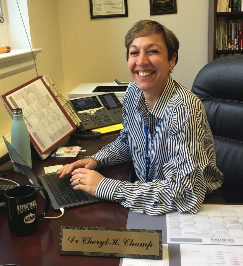 Superintendent+Champ%2C+in+her+new+office%2C+prepares+for+the+challenges+that+face+the+Pelham+Union+Free+School+District.