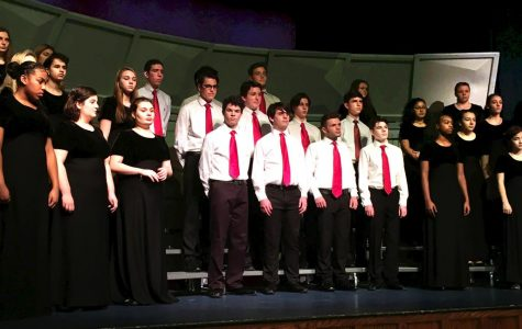 Chorus Croons Festive Holiday Tunes