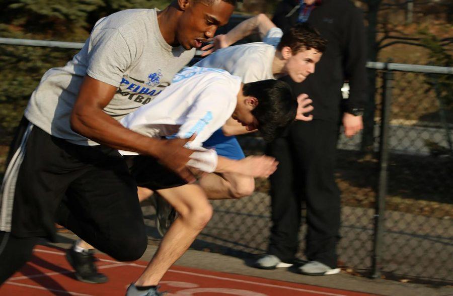 Senior Damien Frank accelerates ahead of his competitors.